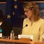 """López ha comenzado su intervención dejando claro que """"el lenguaje también es importante y usar un término como cónyuge colaboradora no hace más que colocarnos a las mujeres por debajo de los hombres""""."""