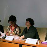Teresa López, presidenta de FADEMUR, participando en el encuentro de mujeres sindicalistas en París