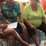 Mujeres de Alameda de la Sagra (Toledo) participando en el taller de FADEMUR sobre sexualidad para la tercera edad